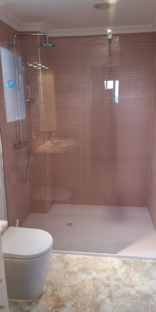apartment Calpe with walk-in shower